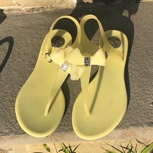 BCBGeneration Bow Sandals